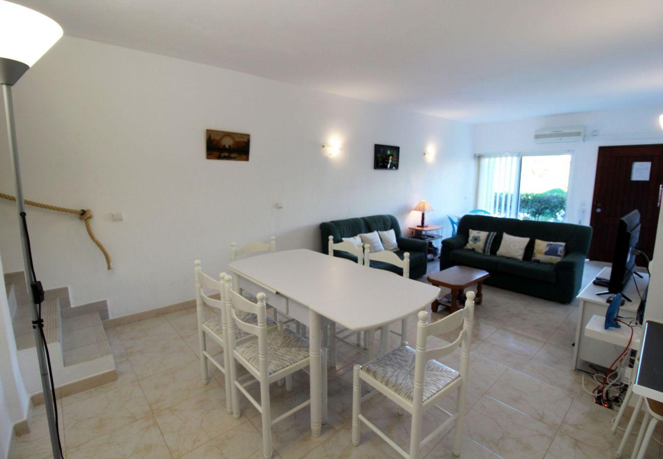 Apartamento em Vilamoura - Vilamourasul - Poolside View by SAPvillas