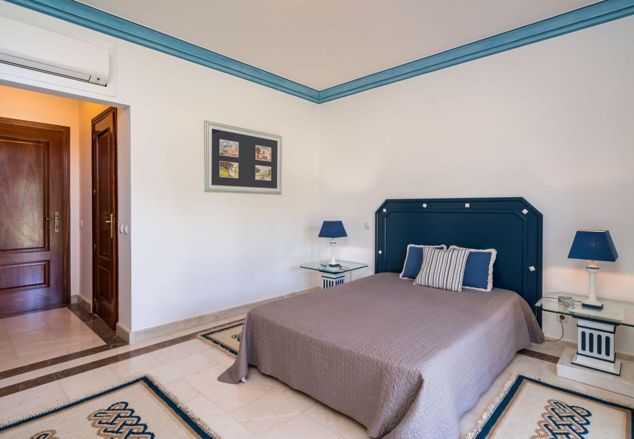 Villa em Ferragudo - Monte da Bela Vista - Paradise by SAPvillas