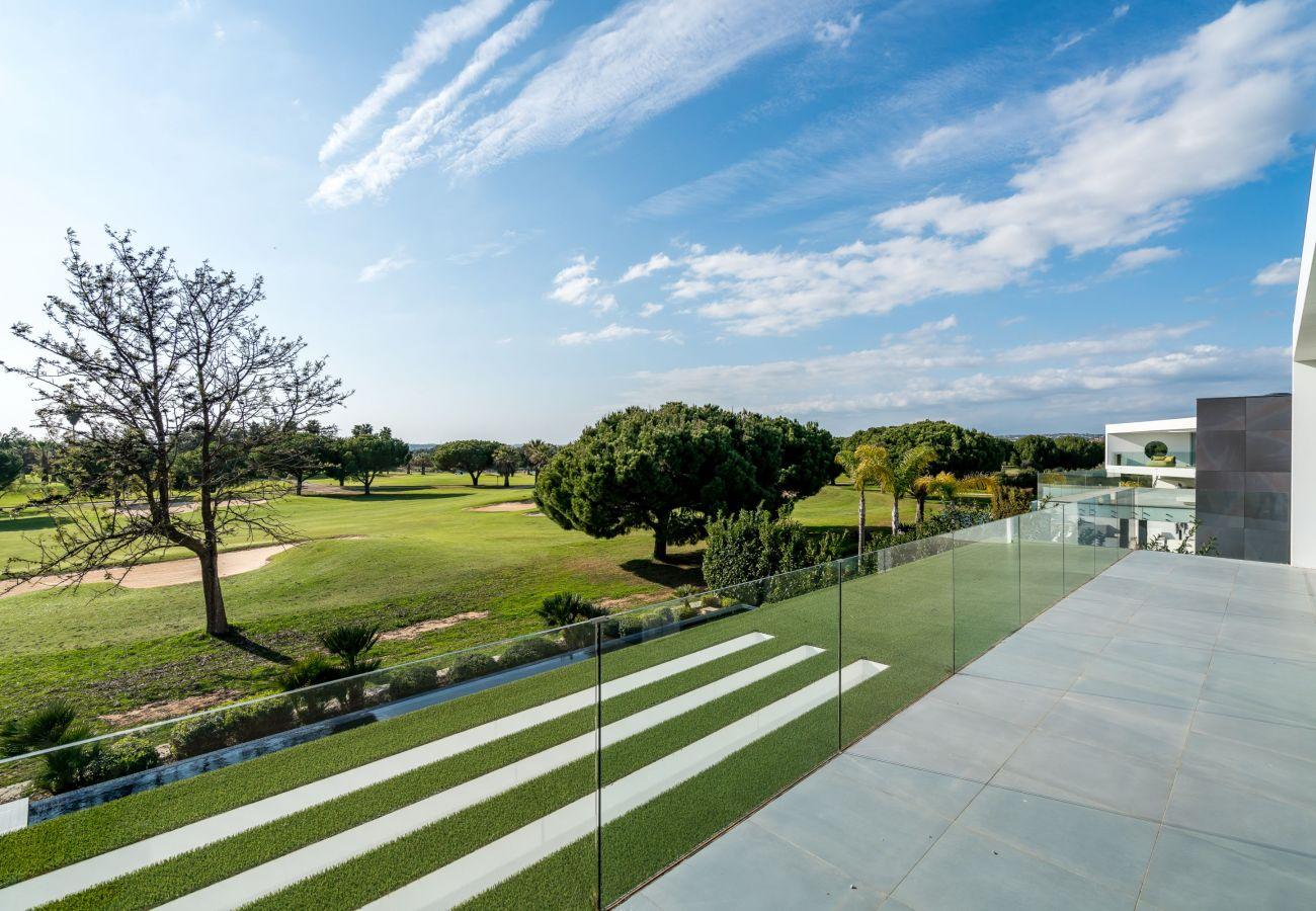 Villa em Vilamoura - Colinas do Golfe - Lux by SAPvillas