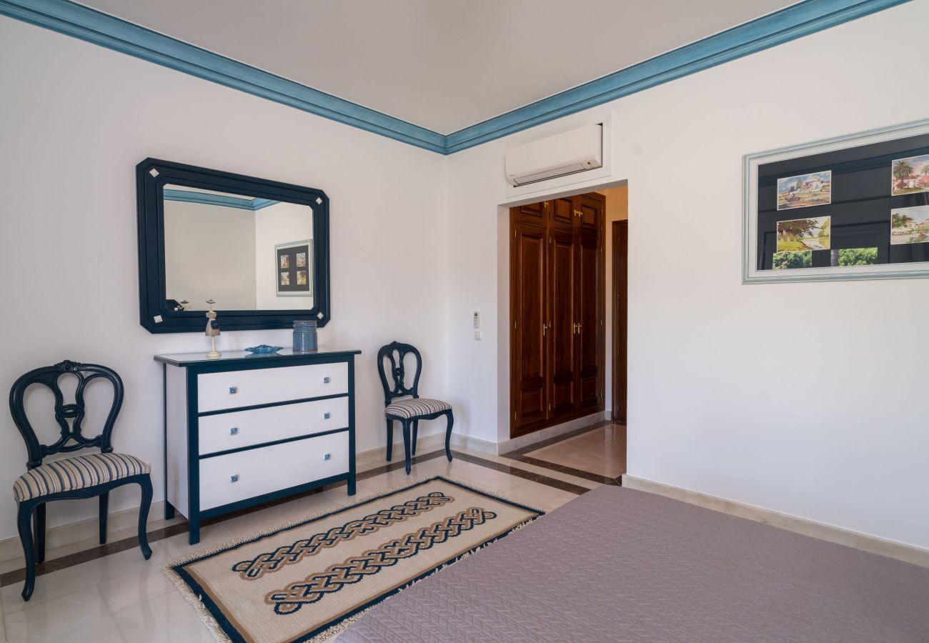 Villa in Ferragudo - Monte da Bela Vista - Paradise by SAPvillas
