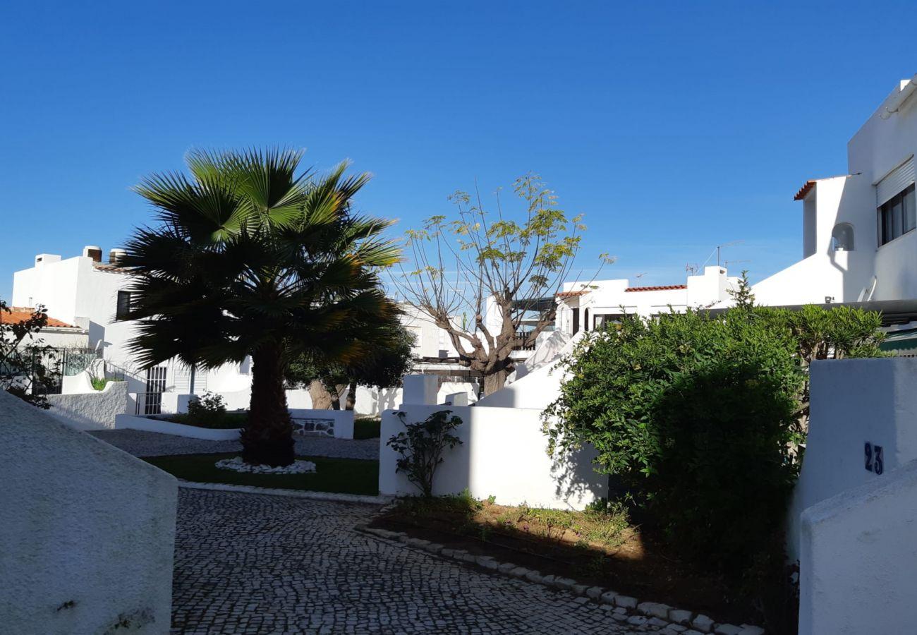 Maison mitoyenne à Quarteira - Golférias - Green by SAPvillas